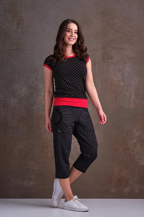 Nursing T-shirt Carri Black/White Mini Dots and Red