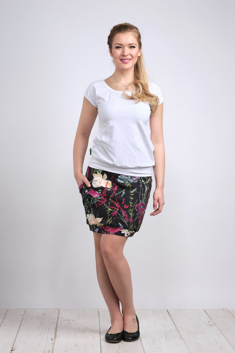 Skirt Carri Blue Wildflowers and Fuchsia