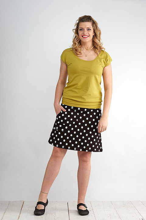 Skirt Bell Black/White Dots
