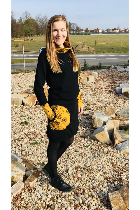Dress Carrie Long Sleeve Black and Mustard Dandelions Fluff/Black