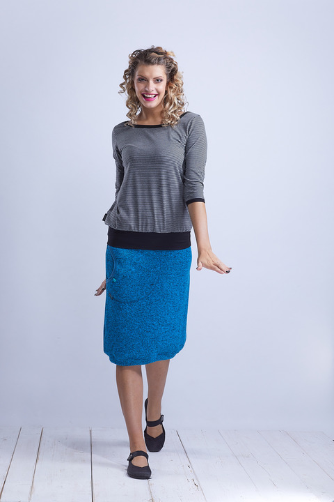Tucked Sleeve Gray/Black Stripes
