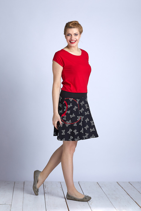Dress Wheeled Red and Black/Bow