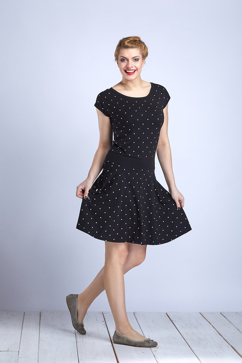 Dress Wheeled Black/White Big Dots
